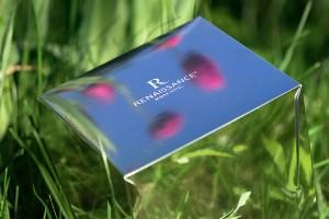 Подарочная брендированная коробка. Печать фольгой, контурная резка, дизайнерский картон