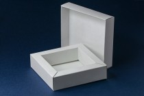 Подарочная коробка 106х106х30мм для сувенирной продукции