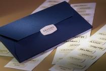 Конверт 214х102х5 мм из дизайнерской бумаги в комплекте с набором стикеров. Плоттерная резка и биговка