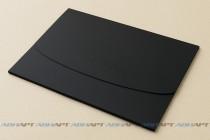 Папка-конверт А4 с высечкой и рельефным тиснением из текстурного (дизайнерского) картона